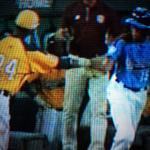 RT @Peet_Rosa: Youll never see this in an @MLB game. Love the sportsmanship. #LLWS2014 #JackieRobinsonWest #TaneyDragons http://t.co/ioxWAkEGAS