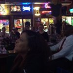 Mother Hubbards in River North has #JRW fans out. Owner says rare for the bar to play a Little League game w sound up http://t.co/9b8lUho7xH