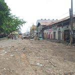 Así quedó la Avda 1a de Montería entre las calles 35 y 37. Terminó el desalojo. Pero vías del centro siguen cerradas. http://t.co/OnTwslxCaT