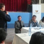 RT @goberazuay: Ciudadanía de El Pan, asistentes a la parroquia San Vicente dialogan con gobernador @LeoBerrezueta sobre seguridad http://t.co/lLgRF6owJq