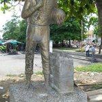 Este monumento del campesino ubicado en el parque de su mismo nombre, frente a la plaza de mercado, hoy es visible http://t.co/O4CQCgVBHu