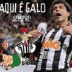 """@geraldogh13galo: ""@Voz_doGalo: Aqui é GALO, porra! http://t.co/0bavEdO1AO"""" A CARA DO #GALO #GALO"