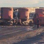 RT @jeannettesaabu: @latercera Choque Entre Camión y tren #Antofagasta Conductor Camión fallecio http://t.co/hpyJz857cV http://t.co/eKgiXtk2rZ @desiertofm