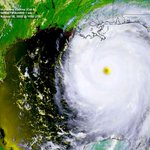 RT @SteveWAFB: On this date 9 years ago, Category 5 Hurricane #Katrina moving toward Louisiana with max winds of 175 mph. #LAwx http://t.co/iwgNWEgV5z