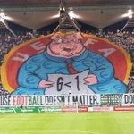 RT @FBAwayDays: Legia Warsaw display tonight. http://t.co/pXgF7zd3Aq