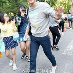 [NEWSPIC] 140829 Siwon at KBS Building! http://t.co/4GY9ZCDaPk