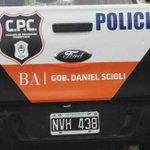 #SeguridadSegunCris Menos patrulleros. Debe ser que @danielscioli los usa para propaganda política. http://t.co/sHBX2siW3k
