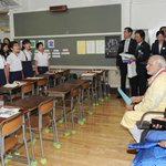 PM Shri @narendramodi interacting with children during his visit to Taimei Elementary School, in Tokyo, Japan. http://t.co/kxqm5yVBXo