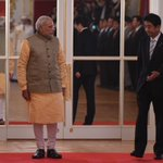 PM @narendramodi at the Official Welcome Ceremony at the Akasaka Palace with PM @AbeShinzo #NaMoInJapan #PMinJapan http://t.co/QV3cgNkxOE