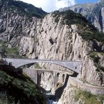 RT @detikcom: Fakta & Legenda Jembatan Iblis di Swiss http://t.co/0FNtlC9NV0 via @detiktravel http://t.co/XFmVMyozOn
