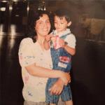 Bilden togs 1990 på Arlanda när jag återförenades med min mamma. Om Åkesson fått bestämma hade vi inte träffats igen. http://t.co/69B0R14Krj