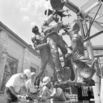 History mystery: Where is this #YorkPa artpiece, with its #LaborDay theme, exhibited? @ydrcom http://t.co/o0DtVyBtxR http://t.co/niV3739jFx