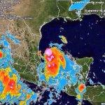 """Trayectoria de """"Dolly"""" es muy similar a la de """"Alex"""" y la principal preocupación son las fuertes lluvias y deslaves http://t.co/zGjC50wNrD"""