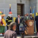Thank you @Michael_Nutter for proclaiming today as #NatlPrep day in #philly take time to make a disaster plan today! http://t.co/64oEJsZQn5