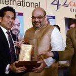 RT @CricketNDTV: Bharat Ratna Tendulkar receives a lifetime achievement award from BJP president Amit Shah  http://t.co/hYBJQTpupo