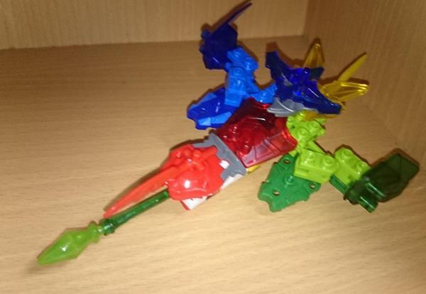 テンカイナイトみたいなブロック玩具大好きなのでテンカイナイトは最高ですね!つくりごたえあります( ´∀`)