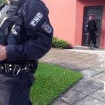 PNC espera notificación sobre traslado de exPdte Francisco Flores. Foto J. Funes. http://t.co/iO7658eEFD