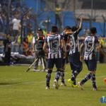 RT @CSEmelec: Foto: El festejo del gol de Bolaños. @CSEmelec ya gana 2-0 a River Plate de Uruguay, en el Estadio Banco del Pacífico http://t.co/s2RLFYBsEG