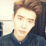 RT @kor_celebrities: 俳優 イ・ジョンソク、インスタグラム開設→ jongsuk0206 http://t.co/B0XGRwbiF6 http://t.co/mF2oanf1lc