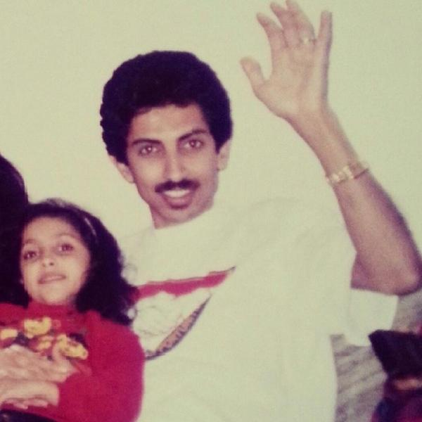 My father, on hungerstrike & growing weaker by the hour, my sis in another prison cell for wantin to see him #bahrain http://t.co/wKKXkGXHBH
