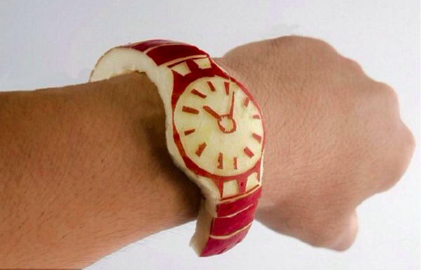 Now THIS is an APPLE WATCH!  (An apple a day keeps the doctor away!) #digitalhealth http://t.co/lnG1YYufYv
