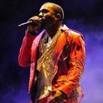 """RT @captnrice: """"@fox5newsdc: .@kanyewest stops concert to yell at kid in wheelchair, 'Stand Up!' http://t.co/fcpYeJFSpO http://t.co/lqP2GhTTPn"""" LOL"""