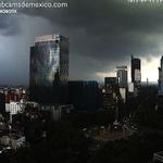 RT @webcamsdemexico: La tormenta hace 15 minutos en la Ciudad de México, vista desde Paseo de la Reforma: http://t.co/Lx1u1zWTiQ