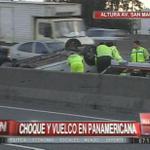 REITERAMOS   #TransitoBUE: Volcó un auto en Panamericana a 200 mts del puente San Martín en Florida, mano a Capital http://t.co/hBn0ZI1Nc7