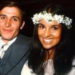 RT @bethmoreno: E a esposa do Alckmin já foi casada com o Cazuza. http://t.co/mWbHTZkm8T