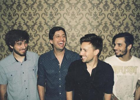 """#euvou #lançamentoRS @bandatopaz está lançando seu novo disco """"Nós Somos os Piores"""": http://t.co/vhmK7PzpEN http://t.co/tzw6gzOmCC"""