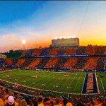 RT @jillkramer: Beautiful sunset from the game last night! #MountaineerNation #HailWV http://t.co/QGUs6G0xra