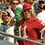 RT @dckerwin: After the @DeSeanJackson11 touchdown, his mom @GeeJackson10 proudly walked up the aisle in Philly. #Redskins http://t.co/TpIRvccmcw