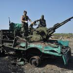 RT @rusnovosti: Порошенко: Ополченцы уничтожили 65% военной техники Украины http://t.co/firYoQo7sQ http://t.co/25xynr57yg