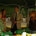RT @aDanielPerez: Con la Asociación de Familiares de Alzheimer #Málaga para concienciar sobre la enfermedad @MalagaJunta http://t.co/SzUeY03VVk