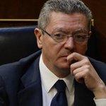 RT @el_pais: ÚLTIMA HORA: El ministro Gallardón dimite tras la retirada de la Ley del Aborto http://t.co/ar7xD4TkG9 #LeydelAborto http://t.co/ImGKpDUIaW