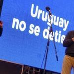 RT @ObservadorUY: Vázquez le cayó al plan de vivienda de Lacalle Herrera http://t.co/X0dIQcHOOZ http://t.co/thAipxTblS