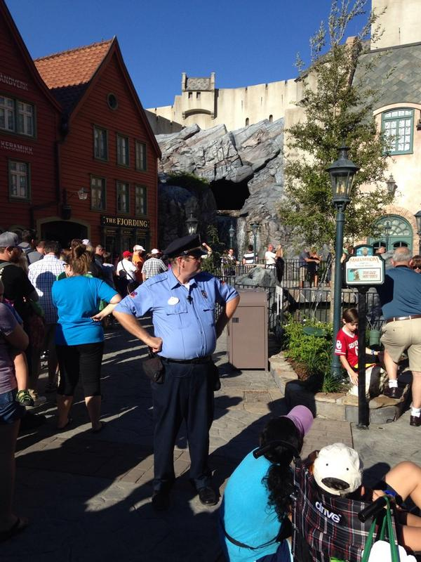 So there is security at the entrance of Maelstrom to make sure there are no protests. http://t.co/F8K4ckbGVY