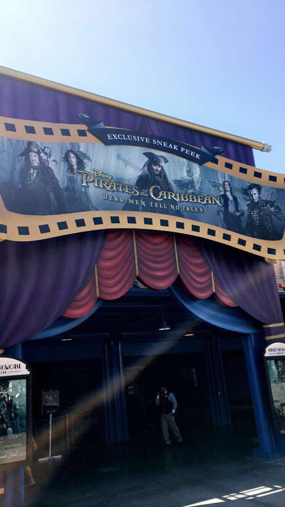 The Sunset Showcase Theater is now hosting a sneak peek of Pirates of the Caribbean: Dead Men Tell No Tales! https://t.co/QfBO3JEZ4D
