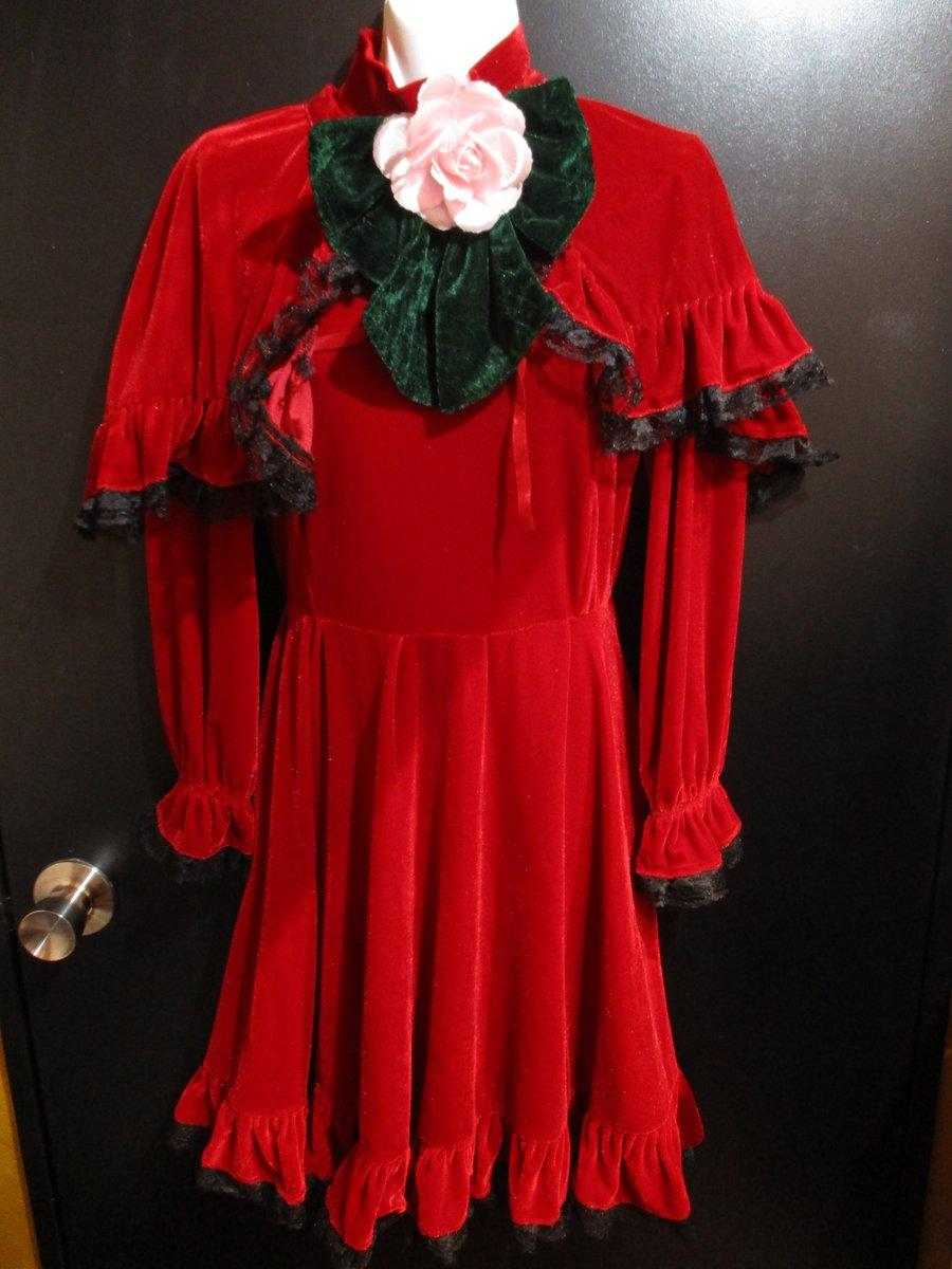 「ローゼンメイデン」より真紅の衣装が入荷致しました🌟ウィッグもセットになっているお得な衣装です💕 #コスプレ #kboo
