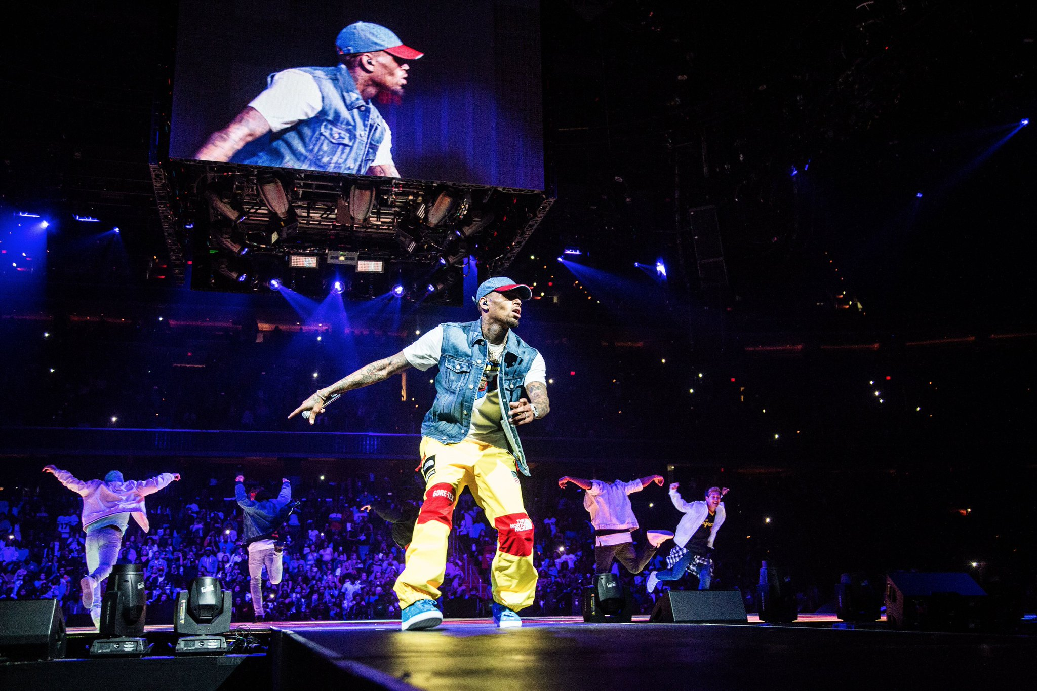 NEW YORK TONIGHT!!! #PARTYTOUR https://t.co/PqrTO85ZVW https://t.co/hjtTkUS0n6