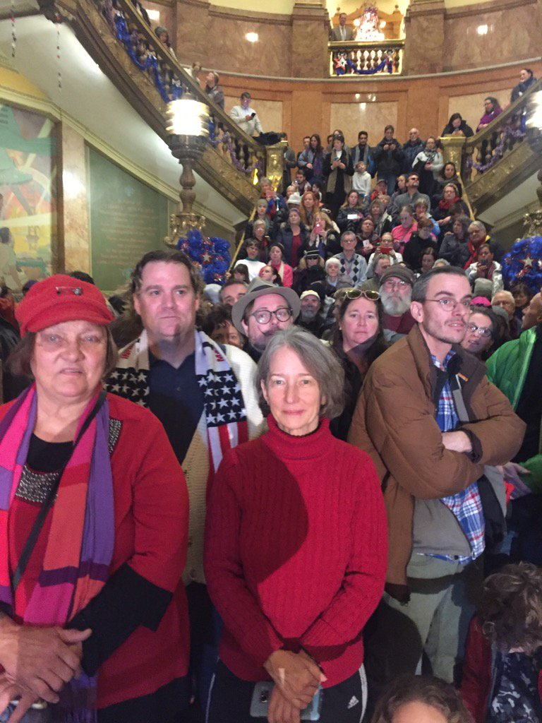 This is an unbelievable scene. At the Capitol waiting for elector vote. #copolitics https://t.co/uFgTeCUxyz