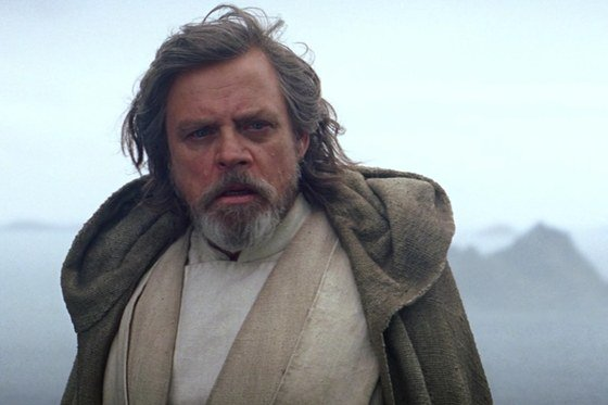 Hmm, this 'Star Wars: Episode VIII' storyline sounds pretty familiar https://t.co/K4O7rjDPEr https://t.co/vaZrrijAJf