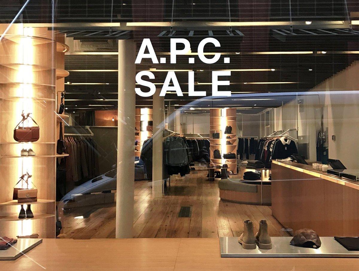 #APC では一部の店舗を除いて2016年秋冬コレクションのセールを開催しております。 https://t.co/Md66v69oAR https://t.co/5YOFzG9Cys