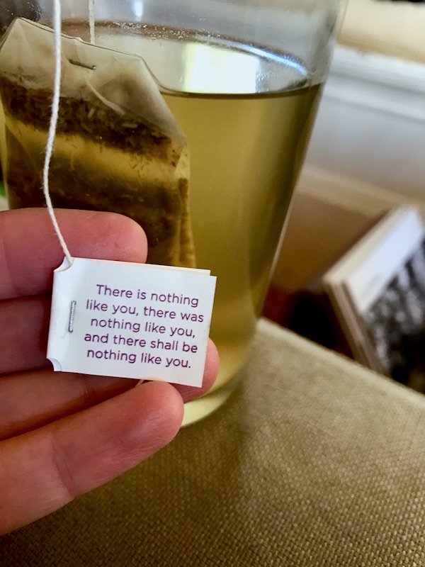 Perfect Friday afternoon: listening to Bach, eating chocolate, and getting affirmations from my tea. https://t.co/cF97ssi6vG