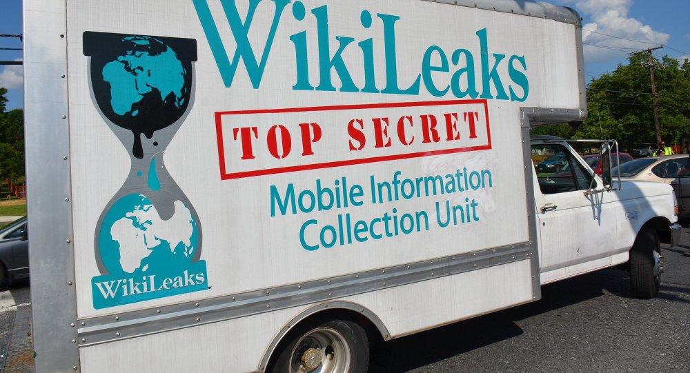 #WikiLeaks prompts hackers to leak Trump's #tax returns https://t.co/CStbZsf4b4 #Trump @wikileaks