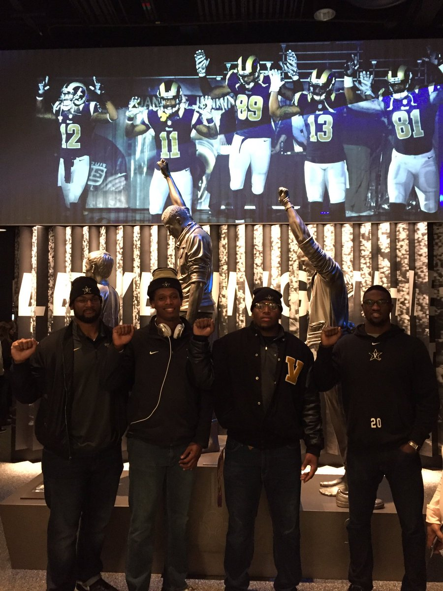 RT @BangTimeBurks: Great day in DC with @vucommodores to celebrate MLK Day! Love and Justice shall prevail ✊🏾 https://t.co/KUkkXK31Ch