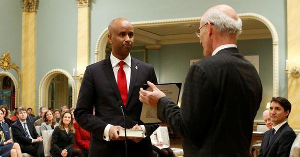 Ahmed Hussen, ancien réfugié somalien, devient ministre de l'immigration au Canada https://t.co/gtCe9X8yMt