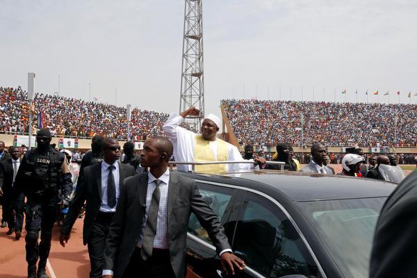 Gambia viert wisseling president