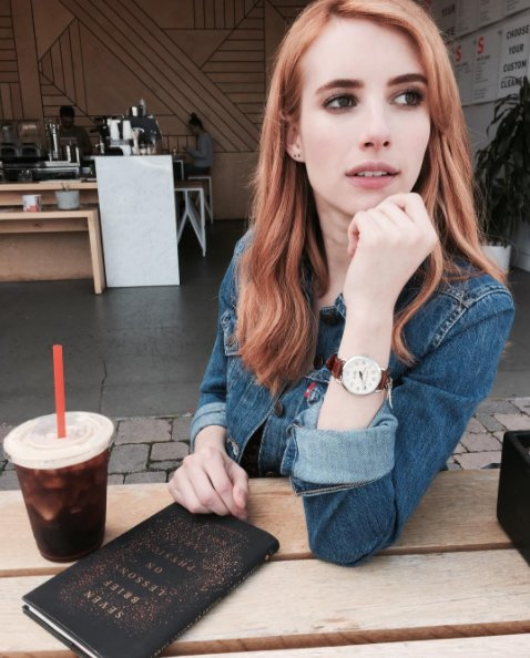 Happy birthday to our babe Emma Roberts <3 (p.s. love your spicy new hair colour!)