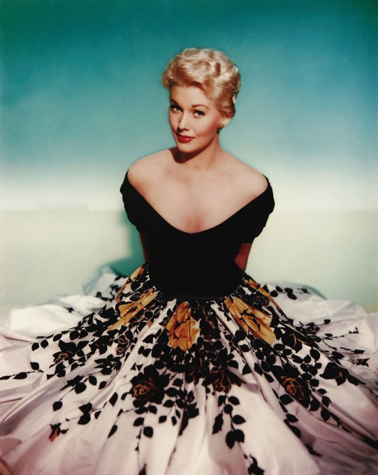 Happy Birthday Kim Novak